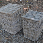 1 set of storage wicker basket consist of 2 pieces baskets